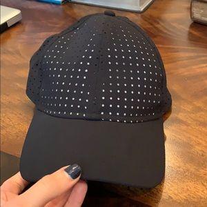Lululemon hat -